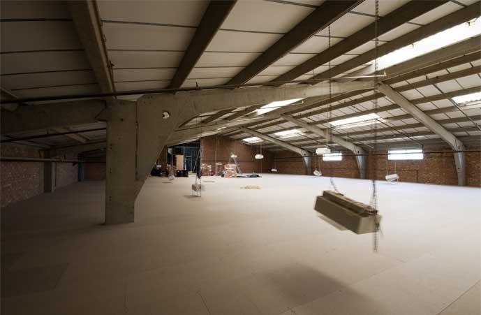 6000sq ft of mezzanine floor space